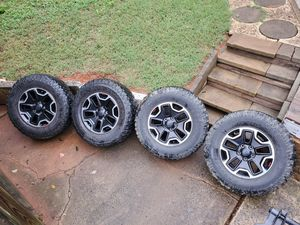 """Jeep Wrangler Rubicon 17"""" Wheels with BFG Mud Tires for Sale in Charlotte, NC"""