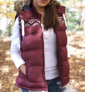 Tokyo Laundry Trademark Women's Puffer Vest Size Small for Sale in Los Angeles, CA
