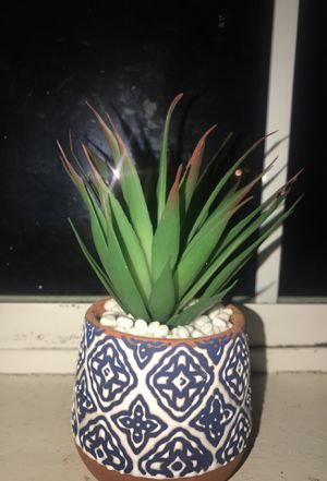Little Fake Succulent Plant for Sale in Brooks, OR