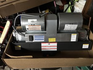 Goodman pancake AC unit for Sale in Cypress, TX