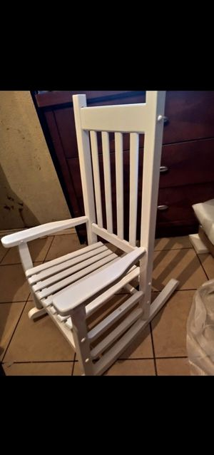 Kids rocking chair for Sale in Dallas, TX