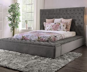 (JUST $54 DOWN) Brand New Beautiful Queen Bed (Financing and Delivery available) for Sale in Carrollton,  TX