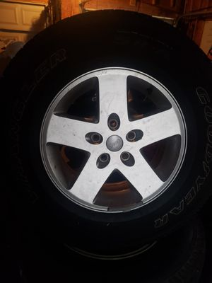 17' inch Jeep Wheels for Sale in Montpelier, VA