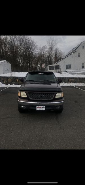 2001 f150 regular cab shortbed for Sale in Wethersfield, CT