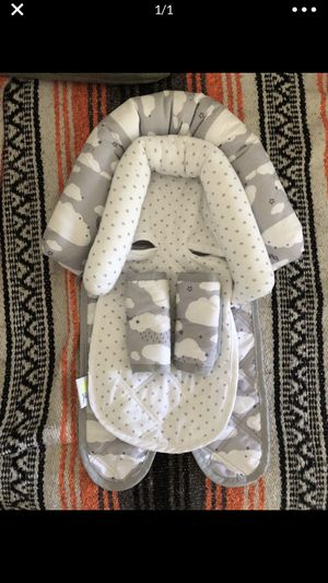Go By Goldbug Infant Car seat Insert for Sale in Pittsburg, CA