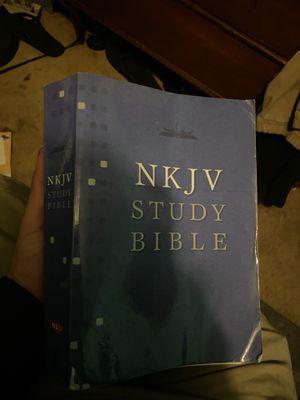 NKJV STUDY BIBLE for Sale in Santa Ana, CA
