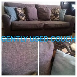 GENTLY USED COUCH for Sale in Alameda,  CA