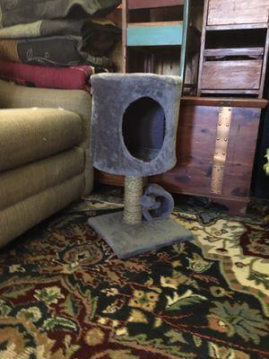 Cat house for Sale in Elk Rapids, MI