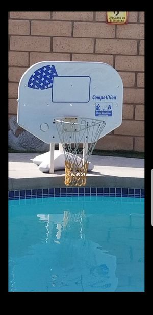 Basketball hoop pick up in perris serious buyers only available now for Sale in Perris, CA