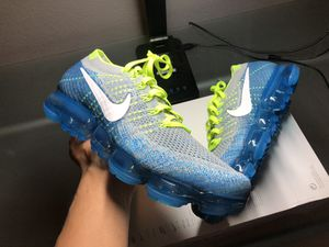 Nike Vapormax Flyknit Volt Blue Sprite Sz 10.5 ONLY 150$!!! for Sale in Hayward, CA