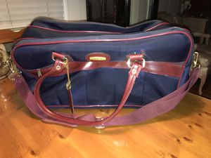 Gym Bag- Carry On Bag- Travel Bag- Giordano- Has Carry Handle & Strap! Very Good Condition! for Sale in West Covina, CA