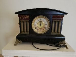 Mantle clock for Sale in Peoria, IL