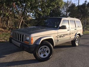 2001 jeep Cherokee sport for Sale in Boca Raton, FL