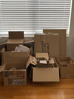 Free Boxes - more than in photos for Sale in St. Petersburg, FL