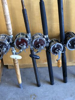 Assorted Fishing Reels. $10 table, $25 Table, $40 table, Spinning Combo's $30, Penn Combo's $60 and $80 and up. Photo's updated on (2/27). for Sale in El Cajon,  CA