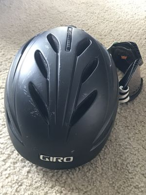 Women's adjustable Giro helmet and Dragon goggles (Moving tonight) for Sale in Redondo Beach, CA