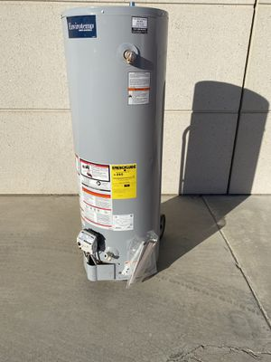 40 gallon water heater 2020 for Sale in Perris, CA