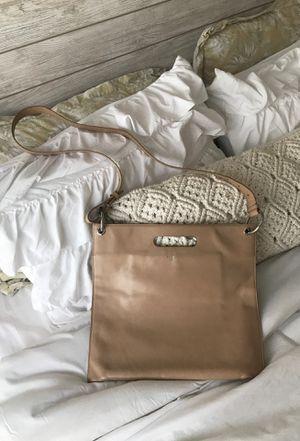 Michael Kors Leather Side or Shoulder Handbag (Super Adorable) for Sale in Lawrenceville, GA