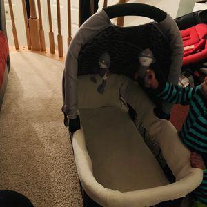 Travel bassinet for Sale in Woodbridge, VA