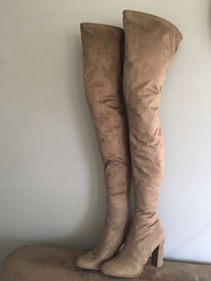 Thigh high size 8 boots for Sale in Hendersonville, TN