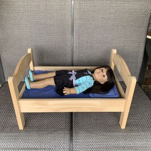 American Girl Doll Bed for Sale in Los Angeles, CA