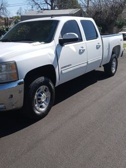 2009 Chevy Silverado 2500 HD Duramax Diesel Allison Transmission 4 Wheel Drive for Sale in La Verne,  CA