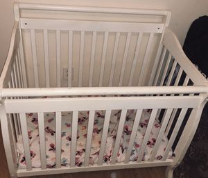 Baby bed for Sale in Dallas, TX