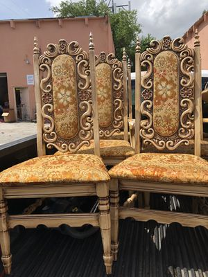 6 chairs antique for Sale in Hialeah, FL