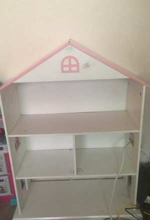 Doll house 10$ for Sale in Anaheim, CA