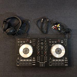 Pioneer DDJ-SB3 Dj Control w/ Pioneer HDJ-X5 Dj Headphones for Sale in Elkins, WV