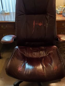 Premium Executive Chair for Sale in Lakewood,  WA