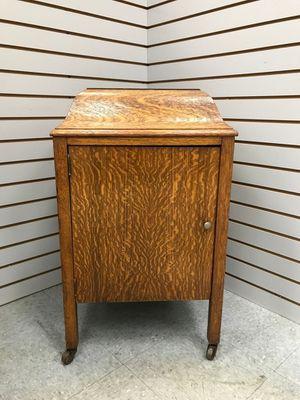Tiger Oak Victrola Cabinet for Sale in Fort Washington, MD