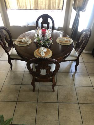 Beautiful formal dining set (table and 4 chairs) for Sale in Phoenix, AZ