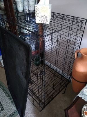 Dog Crate Lg size. Good condition. for Sale in Milford, MA