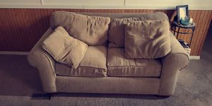 FREE comfortable love seat. Normal wear but real good condition. Smoke free home. Must pick up! for Sale in House Springs, MO