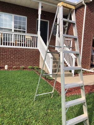 Ladder 8ft for Sale in Nashville, TN