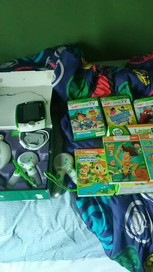 Leap TV And Leap Reader Junior With Games and Book for Sale in Seven Hills, OH
