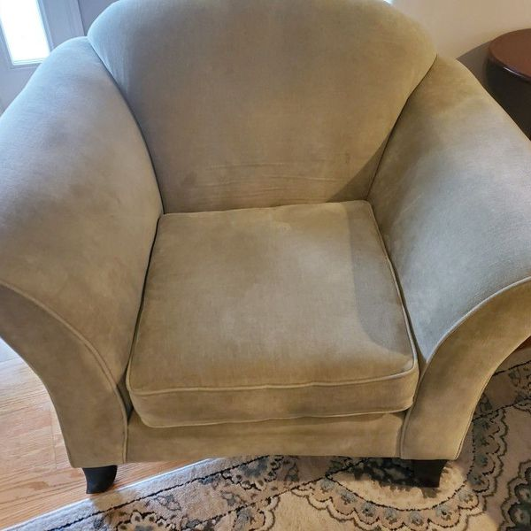 Comfy Custom Living Room Chair