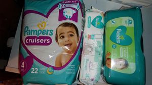 1 Pampers diapers size 4 22ct & 2 packs of wipes for Sale in Columbus, OH