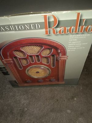 Old fashion radio never used in box for Sale in Alexandria, VA