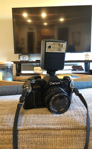 Vintage Canon AE-1 Camera w/ Lens & Flash for Sale in Phoenix, AZ