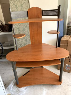 Wood Corner Computer Desk for Sale in Austin, TX