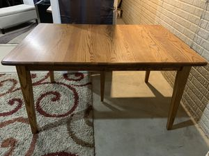 Kitchen/Dining Table w/ 4 Chairs and 2 Leafs for Sale in Blacklick, OH