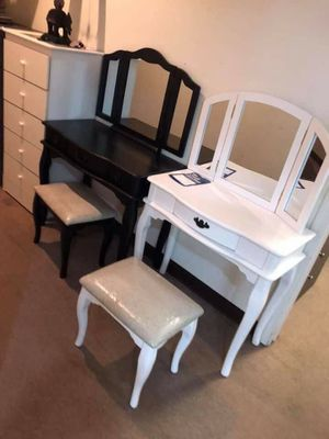 Brand new vanity mirror for Sale in Mission Viejo, CA