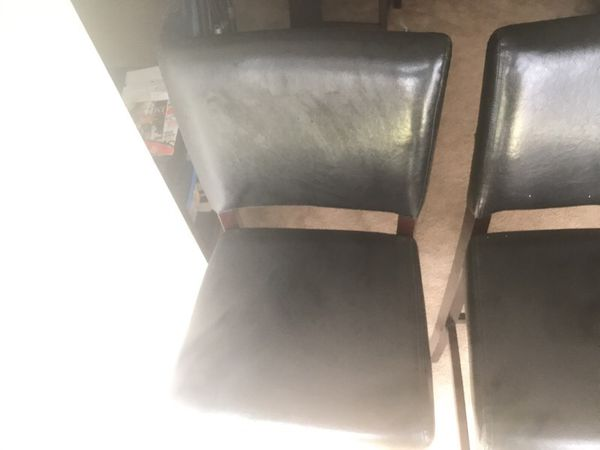 Bar stools very good condition