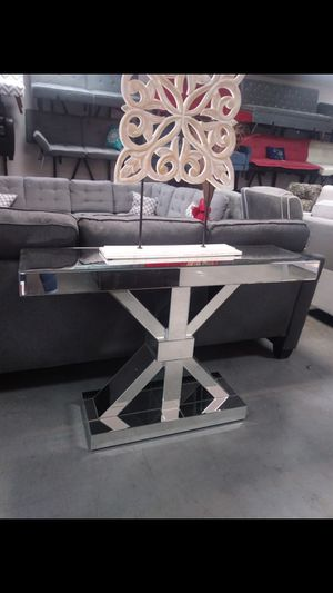 New mirrored console entryway table for Sale in Dallas, TX