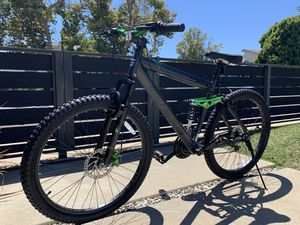 "New and assembled starter mountain bike 26"" -Genesis for Sale in Los Angeles, CA"