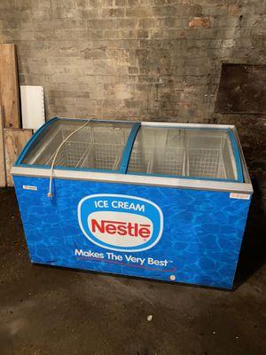 Freezer nestle blue for Sale in Utica, MI