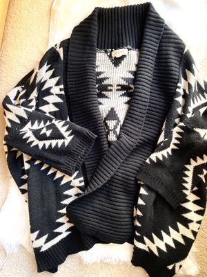 Tribal print knit sweater cardigan for Sale in Monterey Park, CA