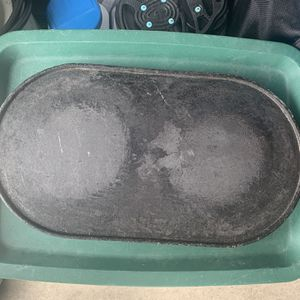 Antique Two Burner Cast Iron Griddle for Sale in PA, US
